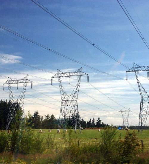 Three_Phase_Electric_Power_Transmission